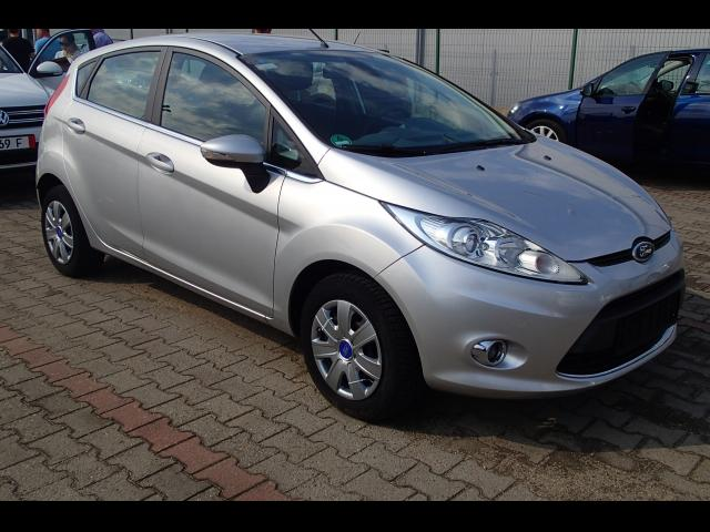 FORD Fiesta - automatic