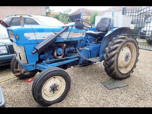 TRACTOR Ford 20000