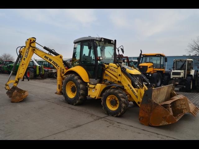 BULDOEXCAVATOR New Holland B100B TC