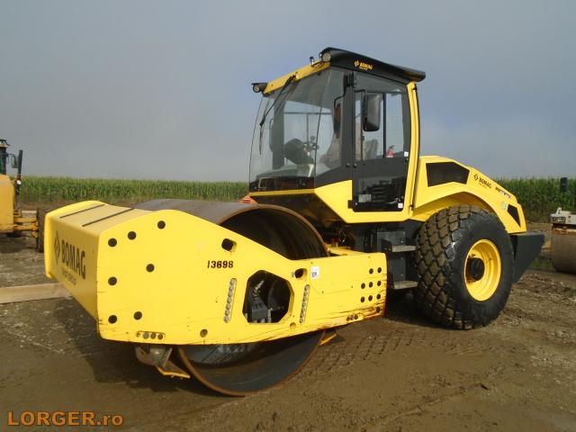 COMPACTOR Bomag BW216 DH-5