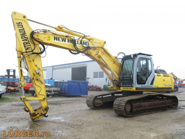 EXCAVATOR New Holland E245 B