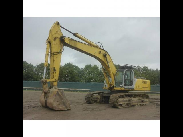 EXCAVATOR New Holland Kobelco