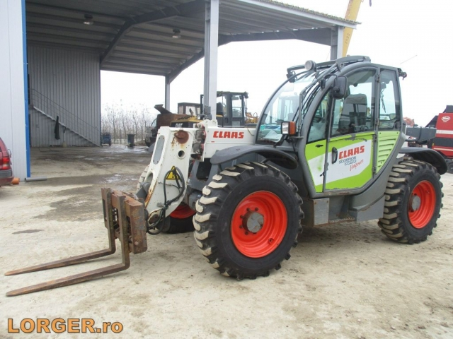 INCARCATOR FRONTAL Claas Scorpion 6030
