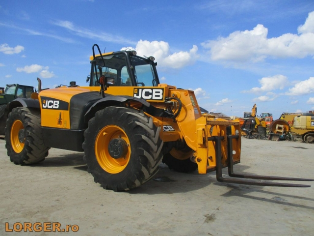 INCARCATOR FRONTAL JCB 526-56