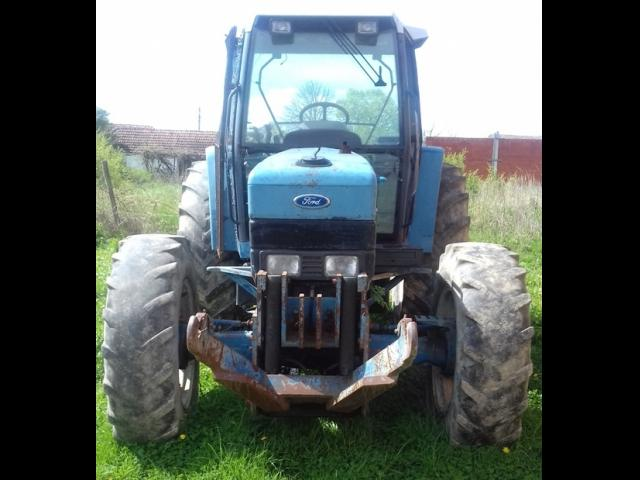 TRACTOR Ford D240
