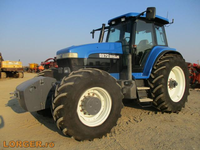 TRACTOR New Holland 8970A