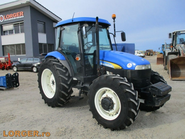 TRACTOR New Holland TD 5040