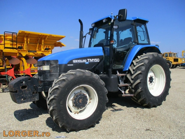 TRACTOR New Holland TM