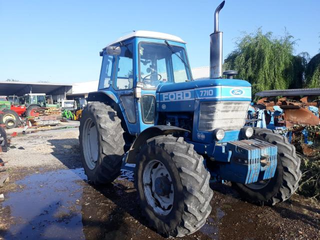 TRACTOR Ford 7710