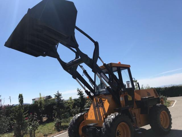 INCARCATOR FRONTAL JCB
