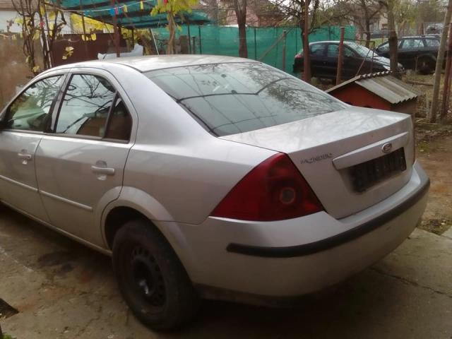 FORD Mondeo limusina