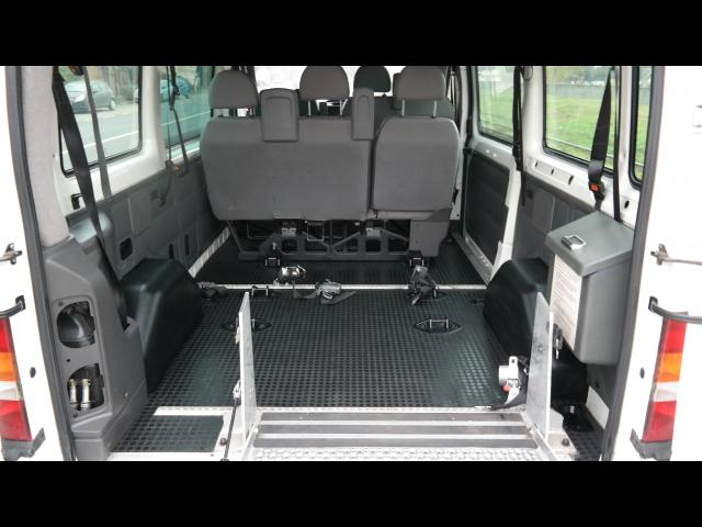 FORD Transit PERSOANE HANDICAP