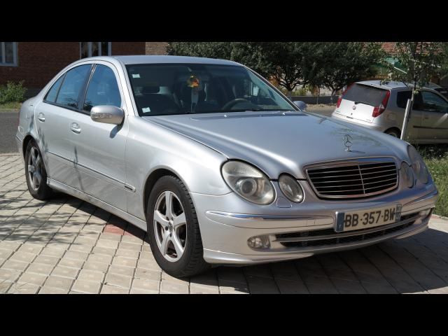 MERCEDES-BENZ E 270 Avantgarde