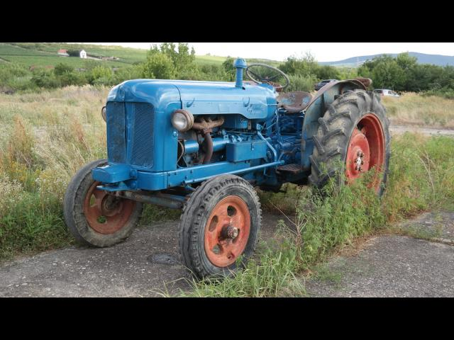 TRACTOR  Ford Major