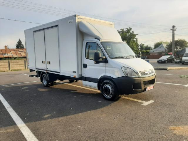 IVECO Daily 70C17 cu lift